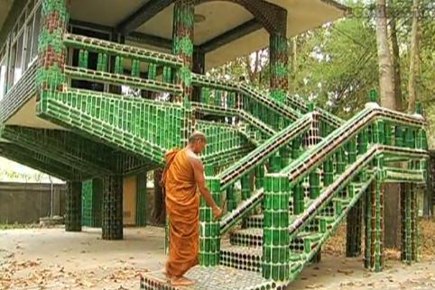 buddhist-temple-made-of-bottles