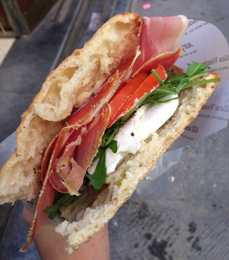 All'Antico-Vinaio-sandwich